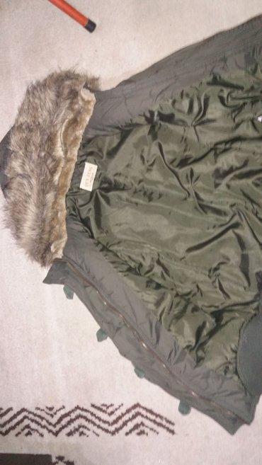 Zenaka jakna sa prelepim krznom jako lepa pise da je xxl ali odgovara - Bor