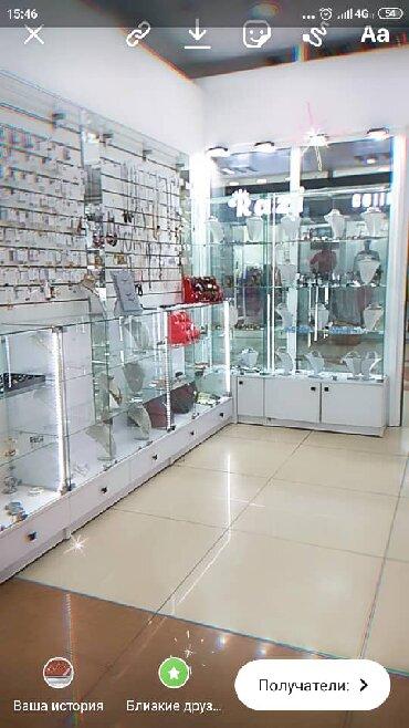 Оборудование для бизнеса в Бишкек: Продается новое стеклянное оборудование (витрины)Шкаф стеклянный