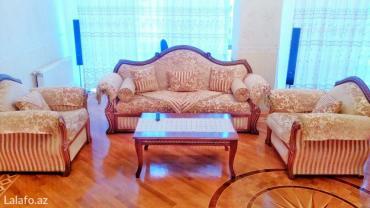 Gunluk kiraye ev. 5 ulduzlu menzil. Sheherin merkezinde en elit binada в Bakı