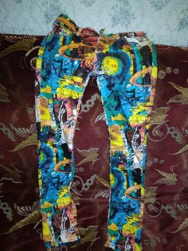 Женские шорты в Каинды: 46-48 в отличном состоянии, одевала пару раз или меняю на пачку Calgo