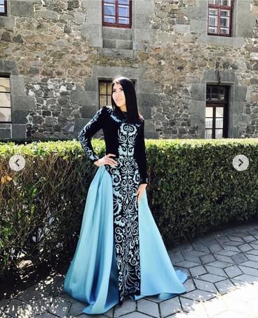 Продам платье от дизайнера Айпери Обозовой!!!Совсем новое одевала