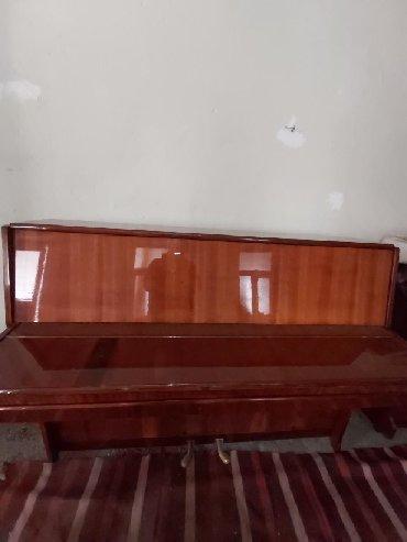 - Azərbaycan: Pianina ela veziyyetde qiymeti 600 m