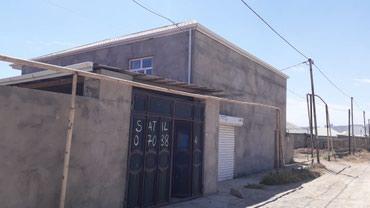 Bakı şəhərində Qum Adası Yeni Bahar gəsəbəsinde 6 sotun icinde 2 mertebeli ev