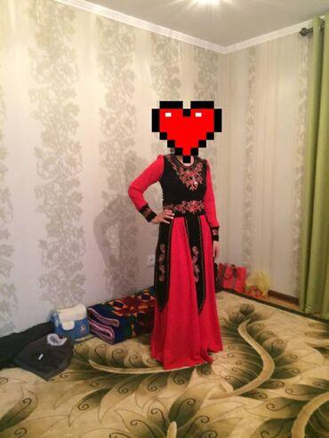 женские платья дешево в Кыргызстан: Платье на кыз узатуу, размер М. Одевала на 6 часов. Состояние нового