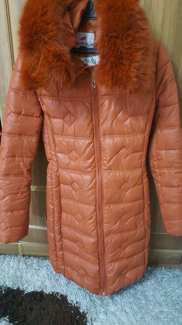Куртка пуховик зима очень теплая одета всего пару раз. размер М 44-46