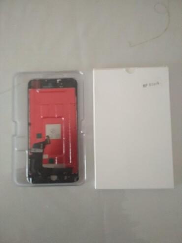 IPhone 8 Plus ekrani+sensoru.gara rengde. Tezedi. xacmazda oluram