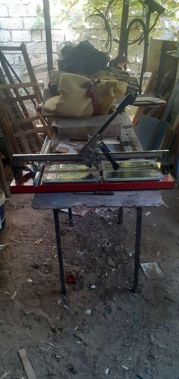 Kafel kəsən satılır 200₼,Maştağa q. 293 məktəbin yanı