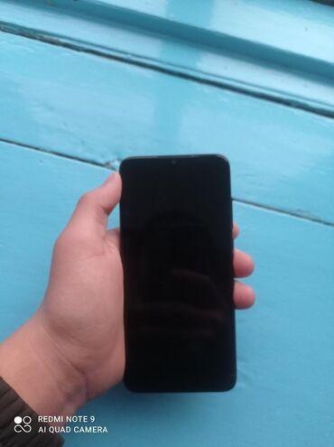 Колдонулган Xiaomi Mi 9 Lite 128 GB боз