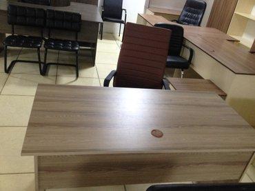 Офисный стол 140*70 .Цена 3000! в Бишкек
