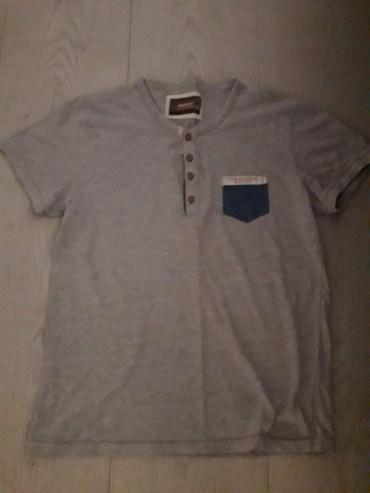 Muška odeća | Beocin: Muska majica vel. L