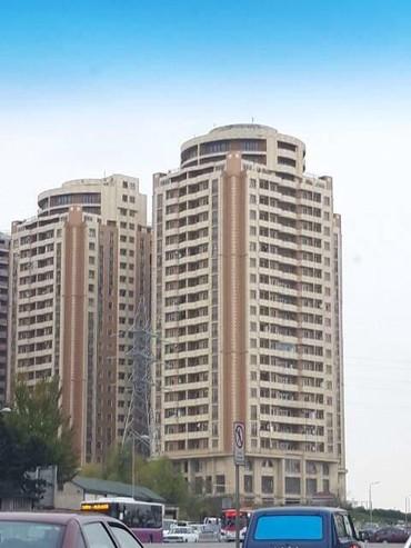 xoruz satilir - Azərbaycan: Mənzil satılır: 3 otaqlı, 147 kv. m