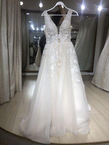 свадебные украшения в Кыргызстан: Продаётся шикарное свадебное платье от бренда Love bridal. Покупала в