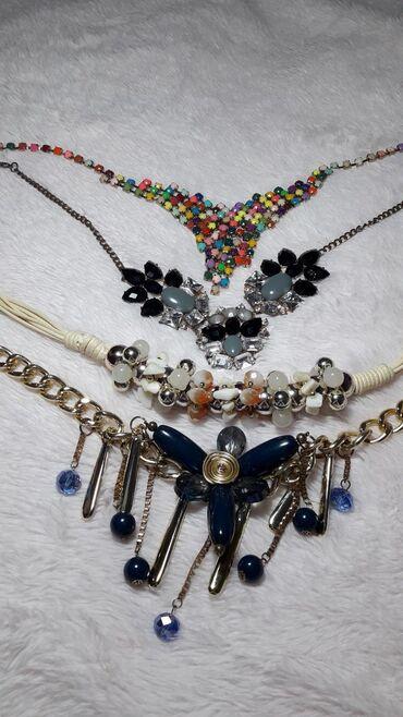 Burberry kupaci - Vrnjacka Banja: 4 ogrlice za 500 dinara