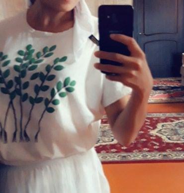 Женская одежда в Балыкчы: Футболка 100% хлопок