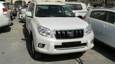 Bakı şəhərində Toyota Land Cruiser Prado only with driver.Driver speak inglish and