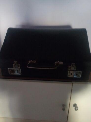 Harmonike - Srbija: Harmonika Orion 2 80 basova u dobrom stanju ide i kofer koji je neisp