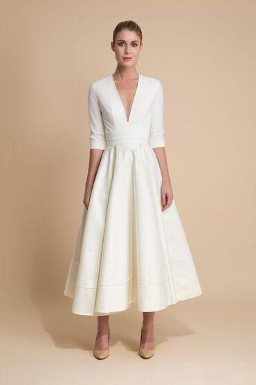 платье миди в Кыргызстан: Свадебное платье новое, размер S на подкладе с карманами, длина миди