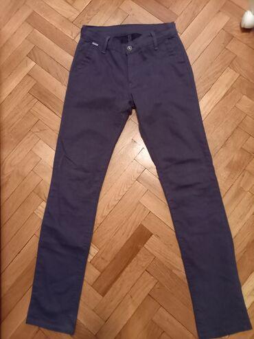 Pantalone - Srbija: Sive pantalone sa elastinom. Vel 29,mogu do 70kg