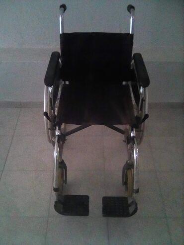 Αναπηρικό αμαξίδιο, πι, μπαστούνι και γκλίτσα, σε καλή κατάσταση