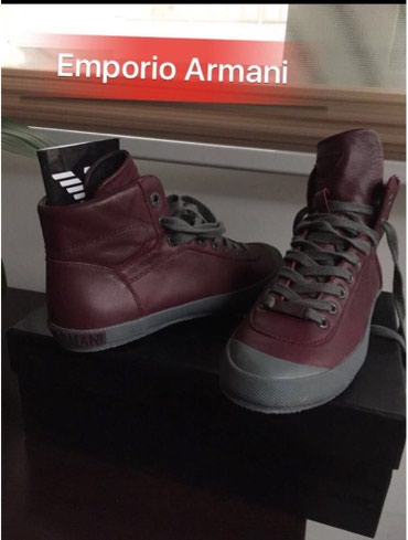 Bakı şəhərində Emporio Armani, razmer 38, temiz deridir, original