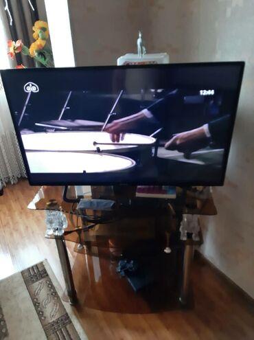 Телевизор Panasonic диагональ 110 см. Не smart. Есть 3 HDM port, 2
