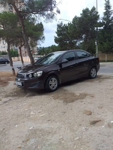 zhenskaya rubashka bez rukavov в Азербайджан: Chevrolet Aveo 2012 | 15000 км