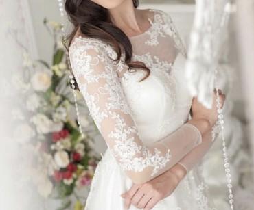свадебное украшения в Кыргызстан: Продаю счастливое свадебное платье. ( фата и украшение на фото в