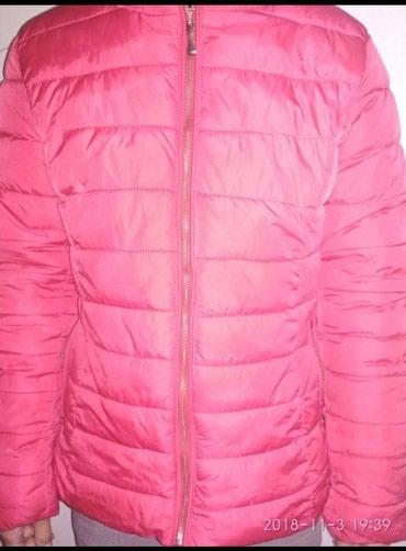 Курточка деми размер 44 , стандарт , состояние хорошее в Бишкек