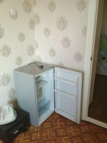 Б/у Однокамерный Серебристый холодильник Avest