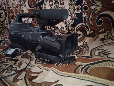 Foto və videokameralar - Azərbaycan: Video kamera satilir.real aliciya endirim var . Maraglanan bu nomrenen