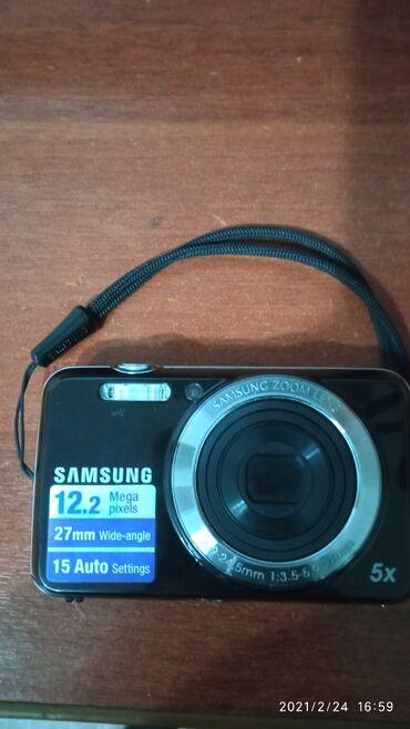 Продаю фотоаппарат 1000 сом с флешкой 8 гиг