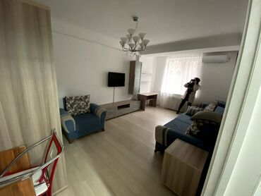 Долгосрочная аренда квартир - 1 комната - Бишкек: 1 комната, 40 кв. м С мебелью
