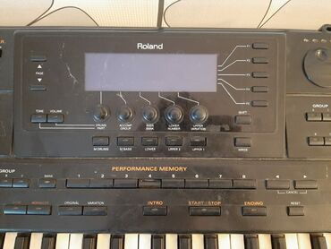 - Azərbaycan: ROLAND G-800 tam iwlek veziyyetde professional sintezator iwlemek