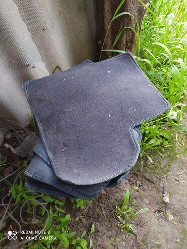 диски vossen r13 в Кыргызстан: Продаю полики на Матиз 3 только три полика и два железных диска