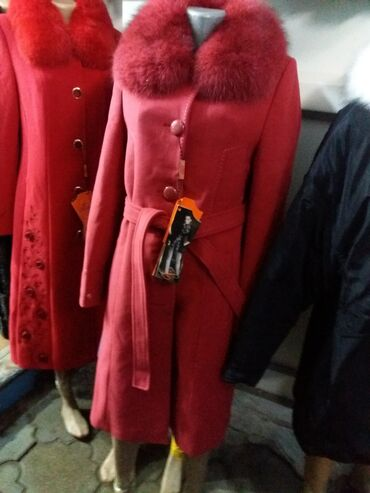 пальто loreta турция в Кыргызстан: Продаю пальто турция loreta