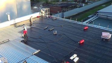 сборные гаражи в Кыргызстан: Ремонт кровли качественным еврорубероидом, Гаражи, балконы, крыши
