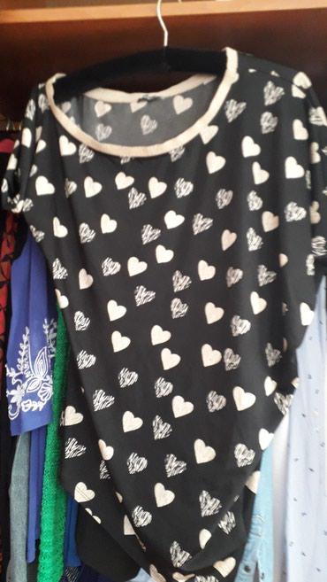 Sakoi-jedan - Srbija: Bluza svecana interesantnog kroja. jedan rukav je duzi jedan kraci