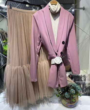 Стильная юбка (пачка) размер М,идеальная! Покупала в Bretelle,Италия