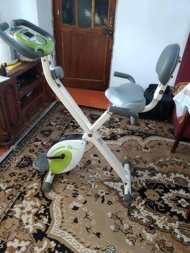 Спорт и отдых - Кыргызстан: Продам велотренажёр Состояние: отличное Полностью рабочий Корейская