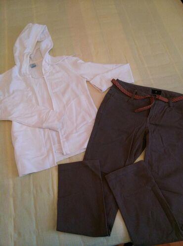 Покупала в японии,размер S, одевала один раз,штаны цвет хаки,состояние