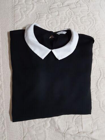 Poliester - Srbija: Korišćena Calliope bluza dugih rukava na kragnicu :)Veličina: MSastav