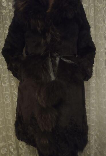 Личные вещи - Ак-Джол: Продаю шубу, состояние отличное. Состав: рукова и подол - овчина