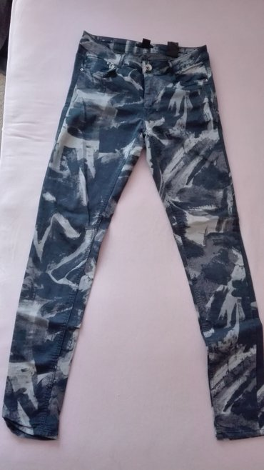 Pantalone H&M 38 velicina,skoro nove. - Novi Sad