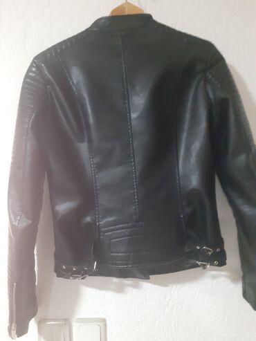 Zenska jakna xl nova