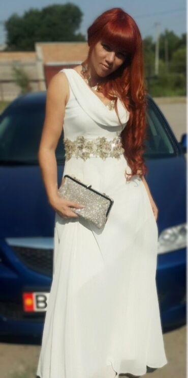 турецкие платья со стразами в Кыргызстан: Продаю шикарное вечернее платье.Цвет Айвори (можно как