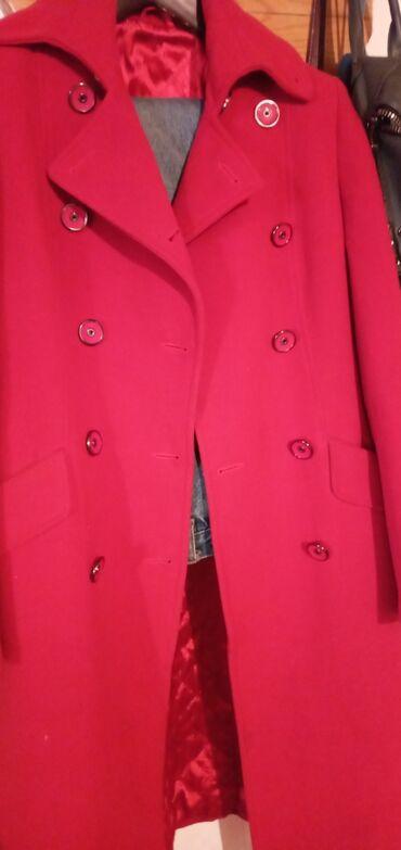 женское пальто в Кыргызстан: Пальто женское состояние хорошее размер 36-38 российский размер44-46