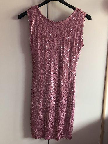 Roze haljina. Velicina S/M