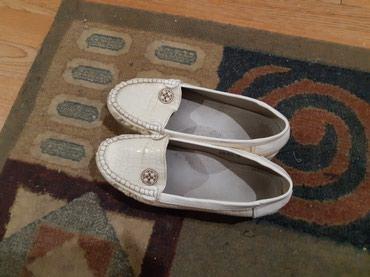 Продаю туфли для девочек 35-36 размер в Бишкек
