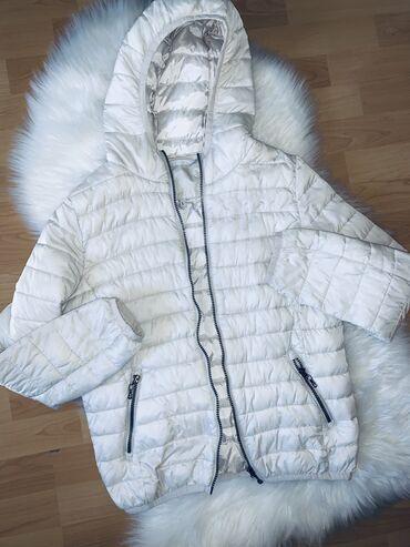 Jakne zenske - Srbija: Zenska jakna, boja sampanjca, velicina l, u odlicnom stanju, ocuvana