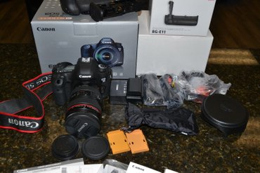 Canon EOS 5D Mark III camera + EF 24-105mm F4L IS USM Lens. в Душанбе